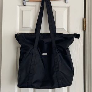 Baggallini Carry-all Tote